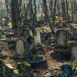 Надгробные памятники — история возникновения и развития